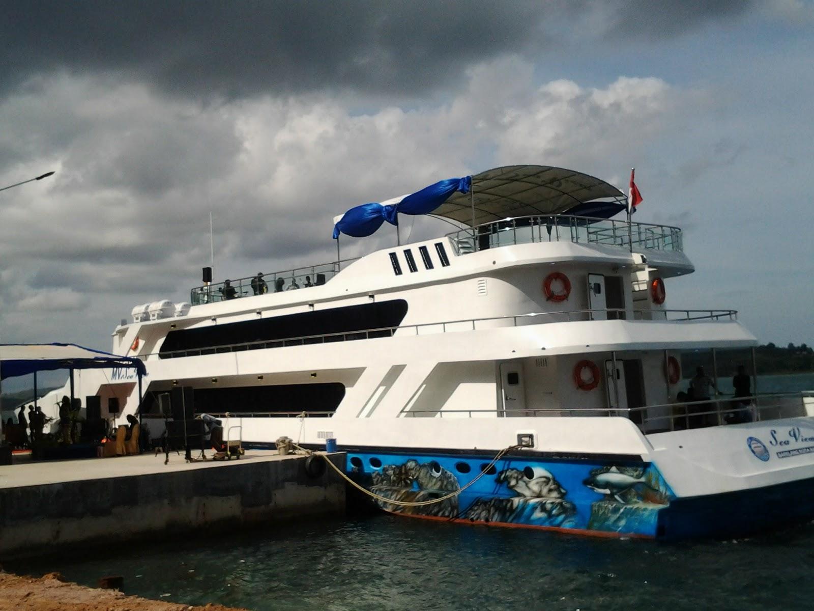 Batam Cruise Dinner tour