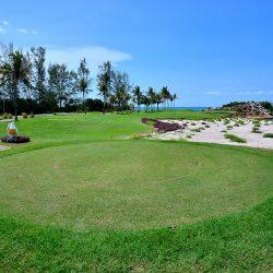 Golf Bintan Lagoon Resort 1 Hari Menyenangkan